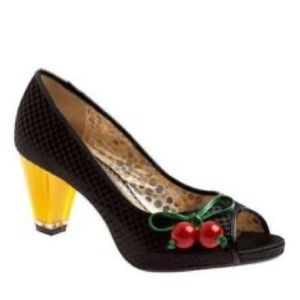 Poetic License Playland Black Cherry Pump